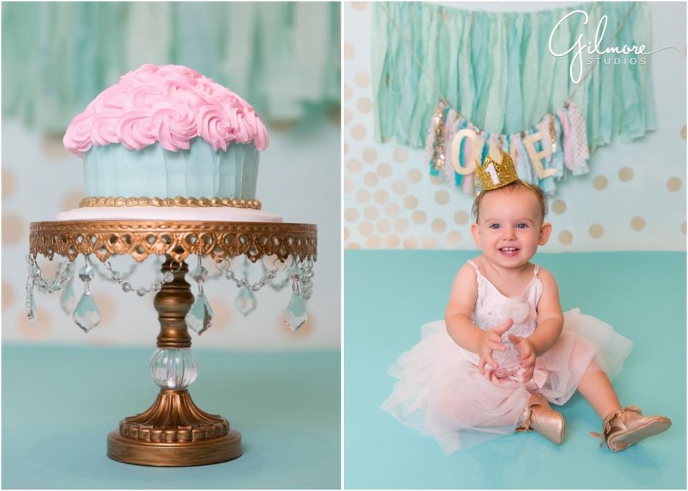 blog0_orange_county_baby_photographer_cake_smash_one_year_birthday_photo_smashcake_gilmore_studios_costa_mesa